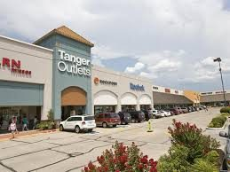 Memorial Day Sidewalk Sale at Tanger Outlet Mall